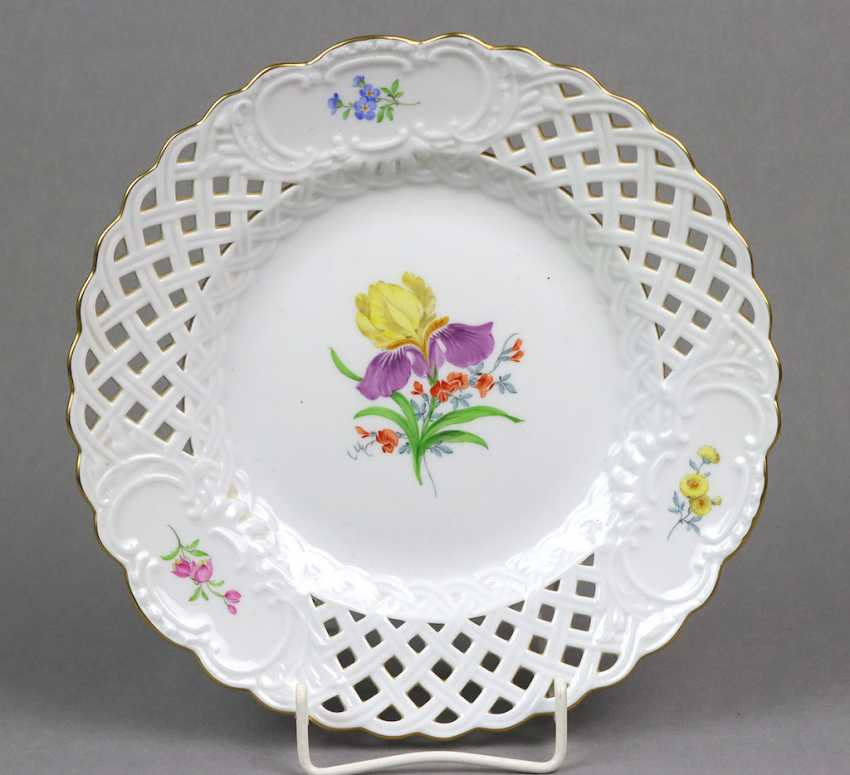 Meissen breakthrough plate * flower 2 * - photo 1