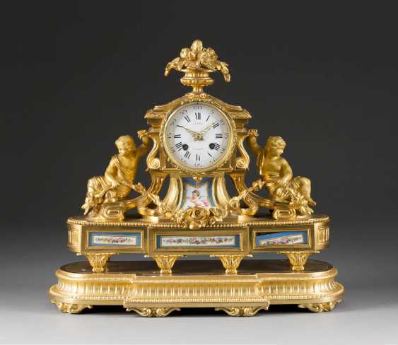 ORNATE mantel clock WITH porcelain painting, France, Paris, Japy Freres, mid-19th century. Century - photo 1