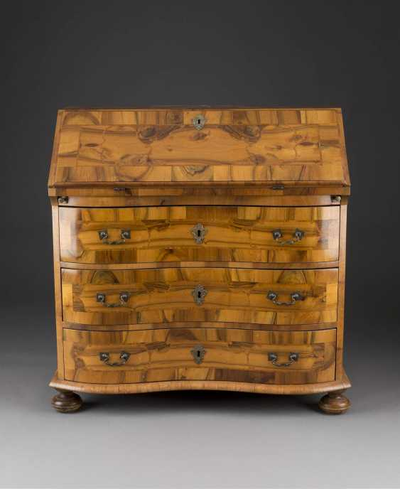 BAROQUE WRITING CHEST OF DRAWERS - photo 1