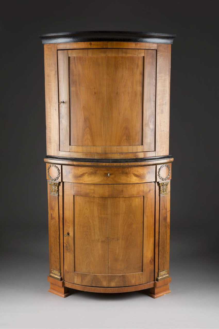 BIEDERMEIER-TOP CORNER CABINET - photo 1
