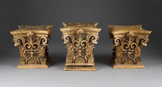 THREE CORINTHIAN CAPITALS - photo 1