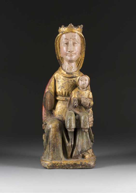 ENTHRONED MADONNA WITH Christ child, Probably late Romanesque/ early Gothic. - photo 1