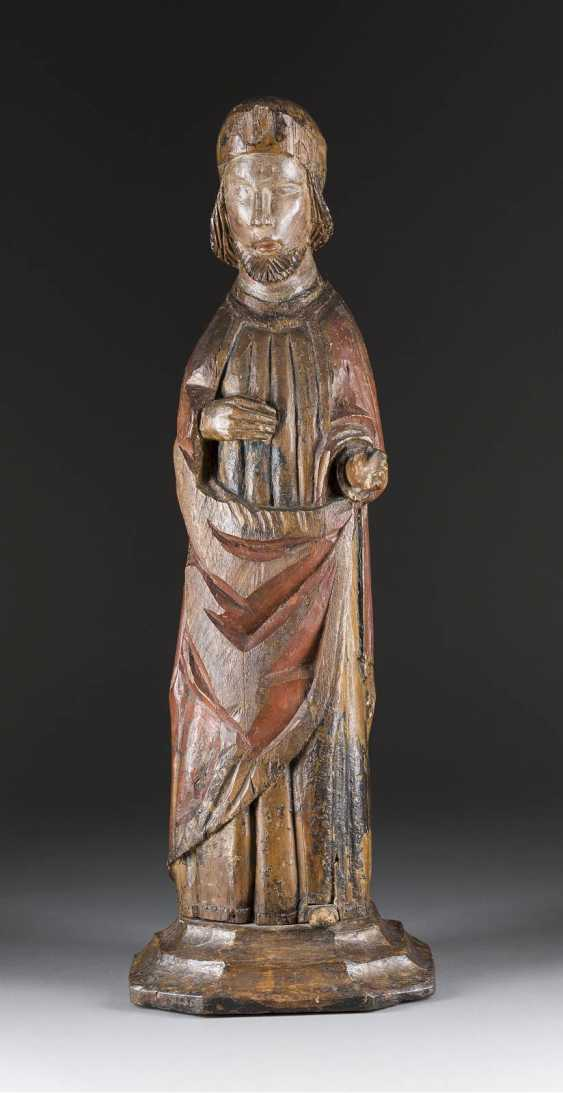 FIGURE of A SAINT of France, 14. Century - photo 1