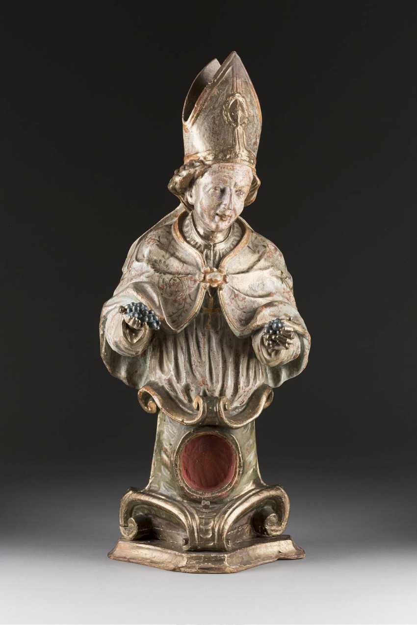 BUST OF ST. URBAN, WITH A RELIQUARY, South Germany, around 1780/ 1800. - photo 1