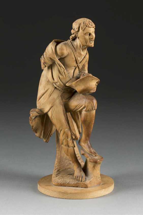 SIMON TROGER 1683 Abfaltersbach - 1768, Munich (kind of) figure of a beggar, South Germany, around 1750. - photo 1