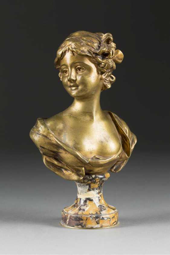 GEORGES VAN der STRAETEN 1856 Gent - 1928 Paris woman bust - photo 1