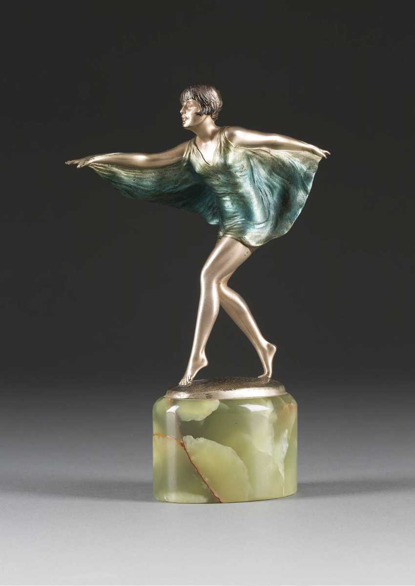 FRANZ IFFLAND 1862 in Berlin - 1935 ibid, art Nouveau dancer - photo 1