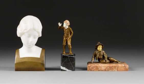 VARIOUS image sculptor Active 1. Half of the 20. Century, Three Small Sculptures - photo 1