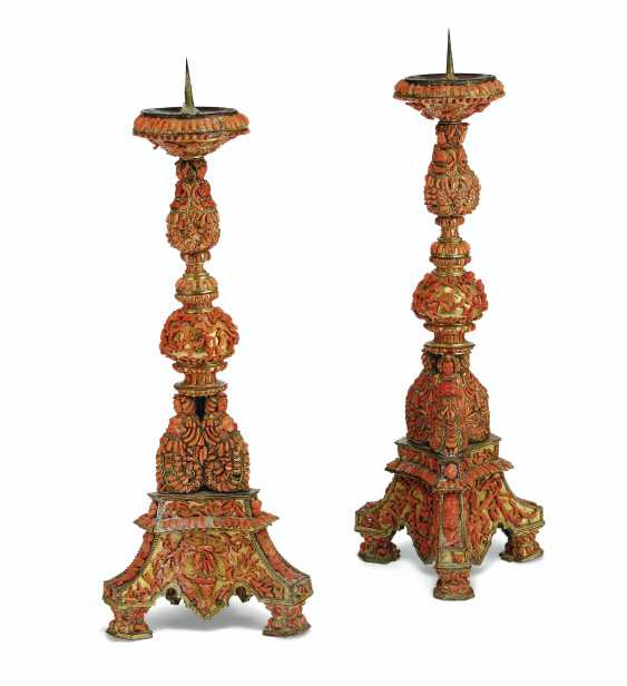 A PAIR OF ITALIAN (TRAPANI) GILT-COPPER AND CORAL-MOUNTED PR... - photo 1