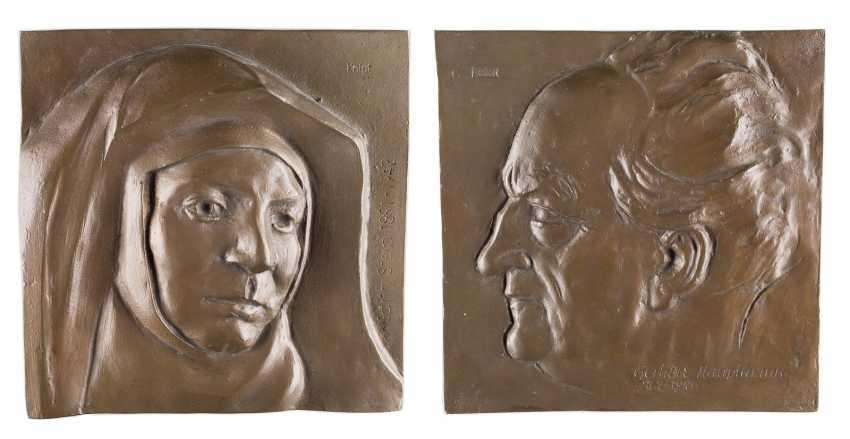 WALTER DOME in 1909, bald - 1996 Oberstdorf Two Reliefs: Edith Stein and Gerhart Hauptmann - photo 1