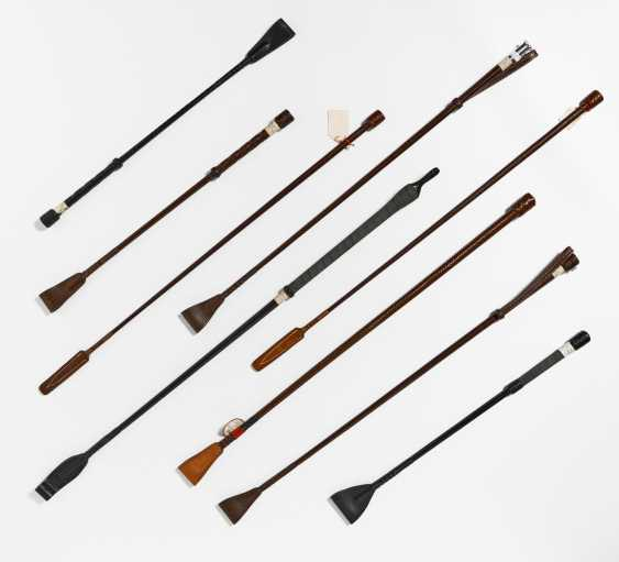 Lot of 9 different riding crops - photo 1