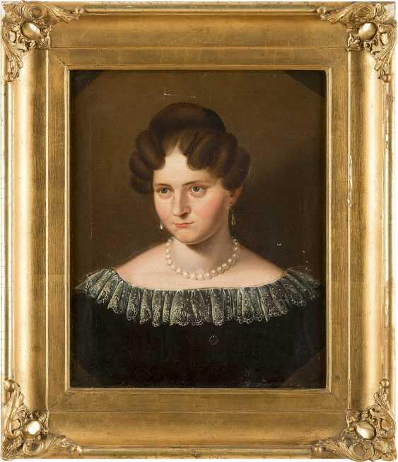 DEUTSCHER PORTRÄTMALER Tätig um 1920 Porträt der Auguste Brinkmann - photo 2