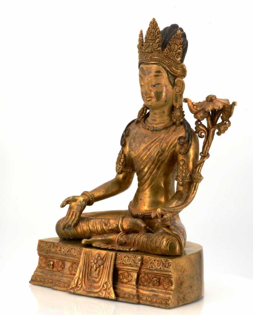 Rare and large figure of the Bodhisattva Padmapani - photo 2