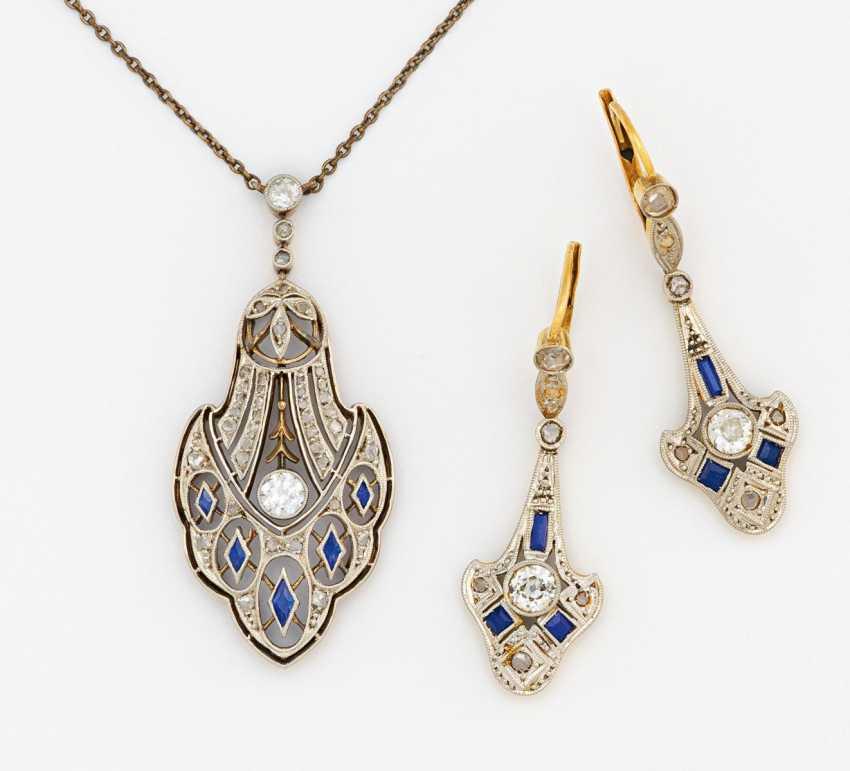 Art Deco set: pendant chain and earrings - photo 1