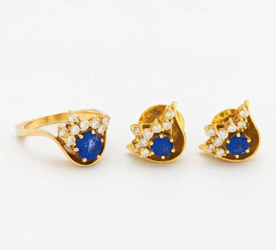 Set: sapphire diamond ring and stud earrings - photo 1