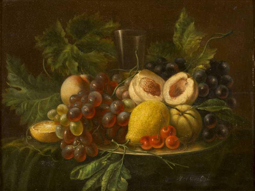 MARIA MARGARETHA VAN OS (ATTR.) Den Haag 1780 - 1862 Reizvolles Früchtestilleben mit Trauben, Pfirsichen, Zitronen und schmalem - photo 1