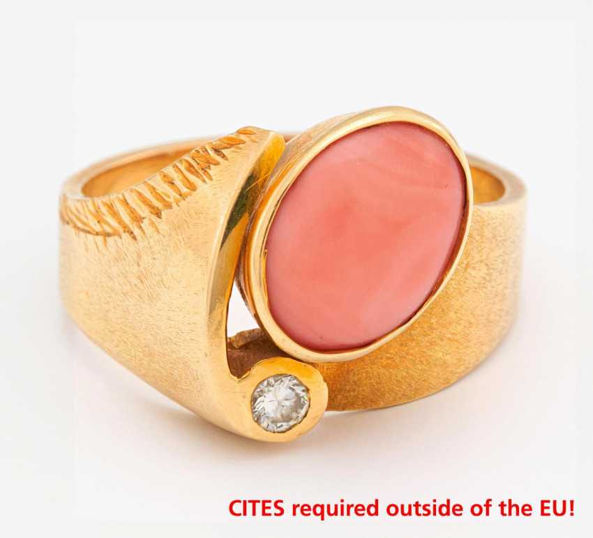 Coral Diamond Ring - photo 1