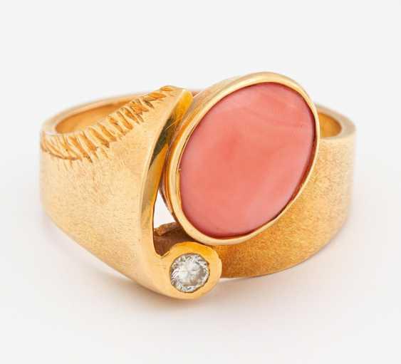 Coral Diamond Ring - photo 2