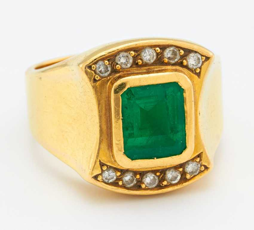 Emerald Diamond Ring - photo 1