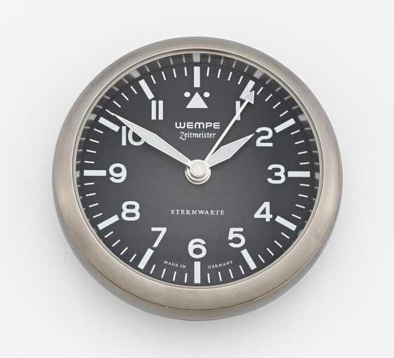 Alarm clock - photo 1
