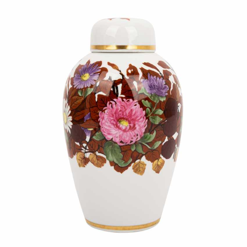 NYMPHENBURG lidded vase, around 1910/20, - photo 1