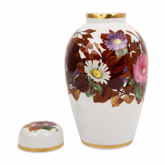 NYMPHENBURG lidded vase, around 1910/20, - photo 4