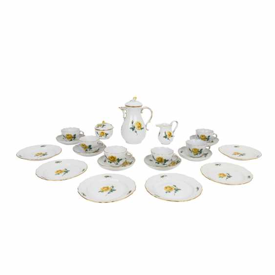 MEISSEN coffee service for 6 people, 'Yellow Rose', 2nd choice, 20th century. - photo 1
