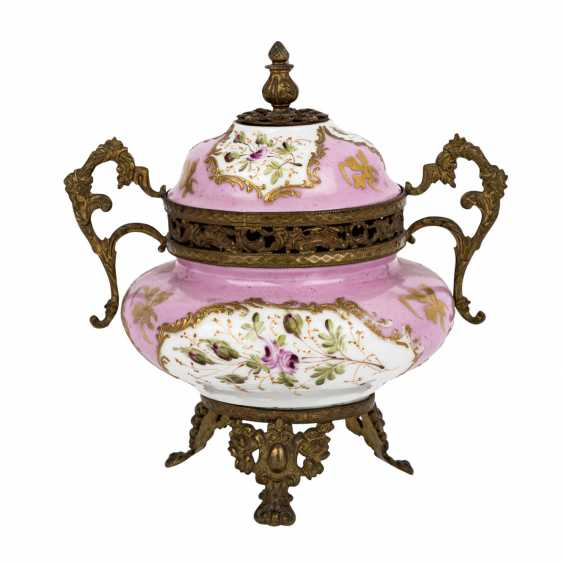 LID JAR IN SEVRES STYLE - photo 3