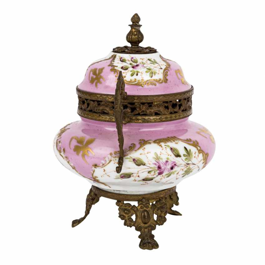 LID JAR IN SEVRES STYLE - photo 4