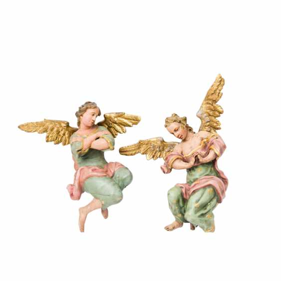 PAIR OF WINGED ALTAR ANGELS - photo 1