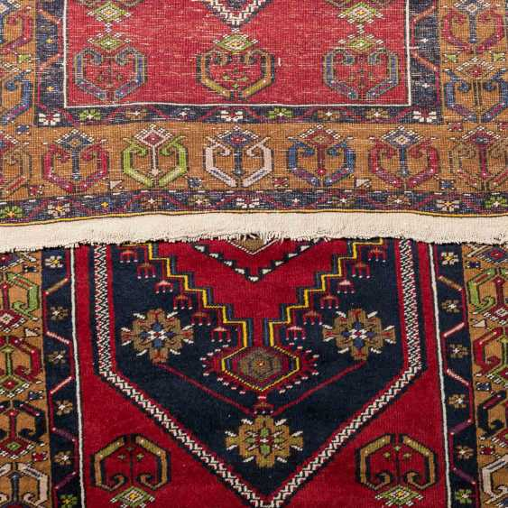 Four village carpets. PERSIA and TURKEY: - photo 4