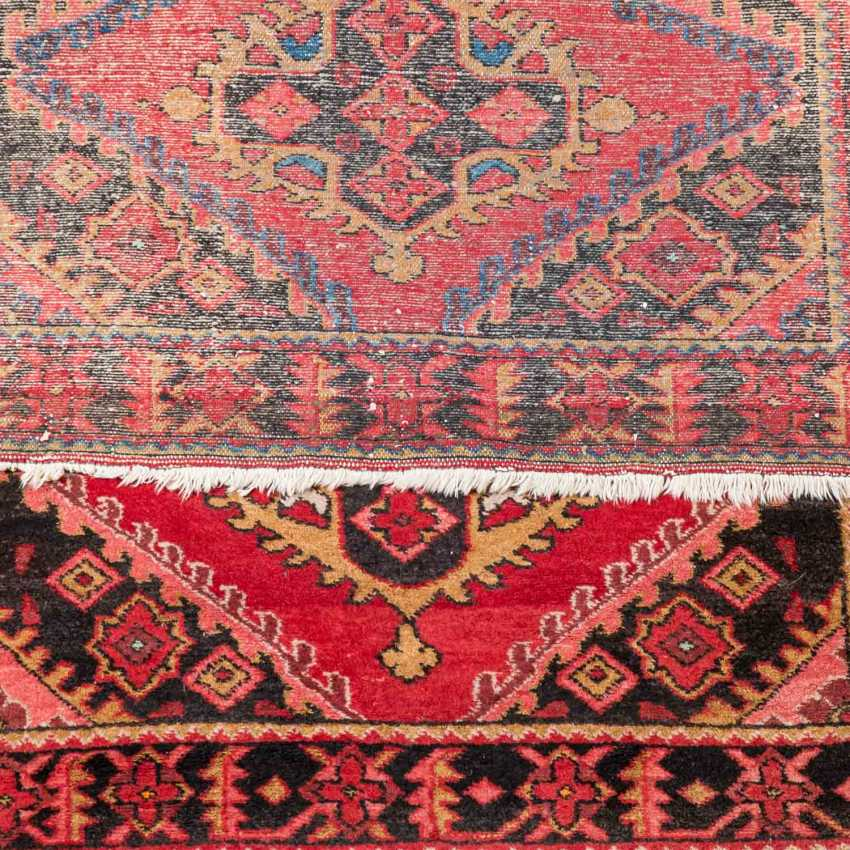 Four village carpets. PERSIA and TURKEY: - photo 5