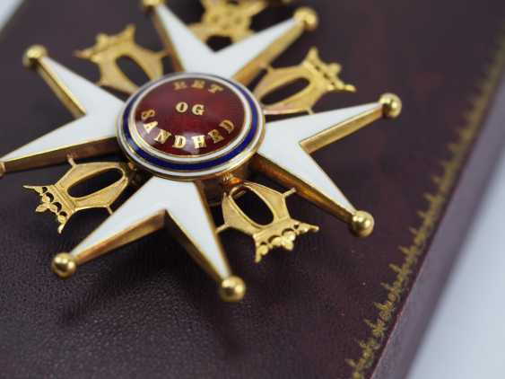 Norway: Order of St. Olav, 2nd model (1907-1937), Commander's Cross, in a case. - photo 4