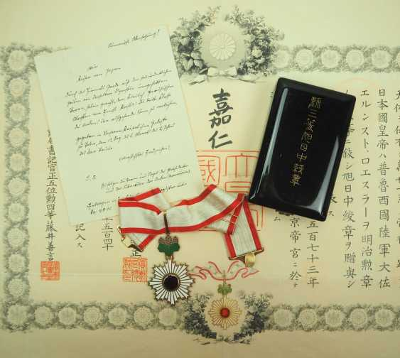 Japan: Order of the Rising Sun, 3rd class, in a case, with a certificate for a Prussian major general. - photo 1