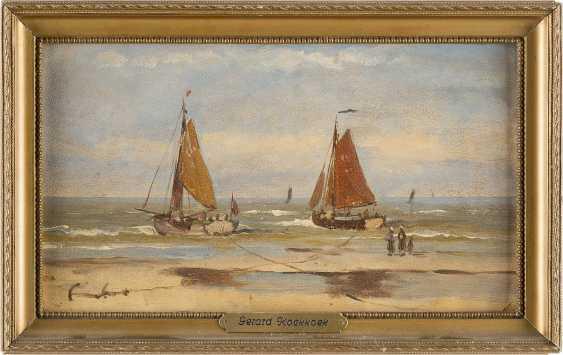 KONVOLUT ZWEIER GEMÄLDE: (1) JULIUS HINTZ (C. 1805-1862); (2) GERARD KOECKOEK (ATTR.) (1871-1956) Dampfschiff am Strand (1); Zwei Segelboote (2) - photo 2