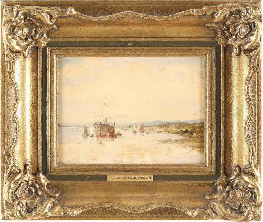 KONVOLUT ZWEIER GEMÄLDE: (1) JULIUS HINTZ (C. 1805-1862); (2) GERARD KOECKOEK (ATTR.) (1871-1956) Dampfschiff am Strand (1); Zwei Segelboote (2) - photo 4