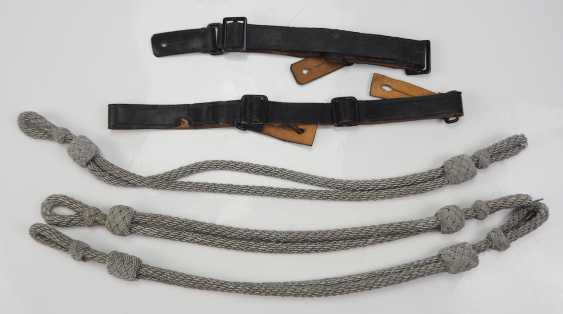 Wehrmacht: cap cords and storm straps - Lot. - photo 1