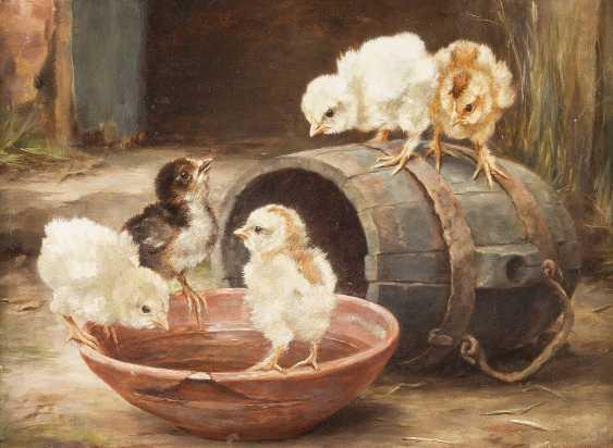 LUCY ANN LEAVERS Tätig um 1900 Küken um ein Fass ('Chicks by a barrel') - photo 1