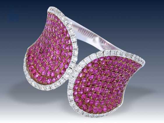 Ring: ausgefallener Saphir/Brillant-Designerring, 18K Weißgold - photo 1