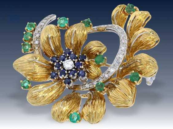 Brosche/Kette: äußerst aufwändige, große und hochwertige vintage Goldschmiedebrosche mit Diamant- Saphir- und Smaragdbesatz, verm. Frankreich 60er Jahre - photo 2