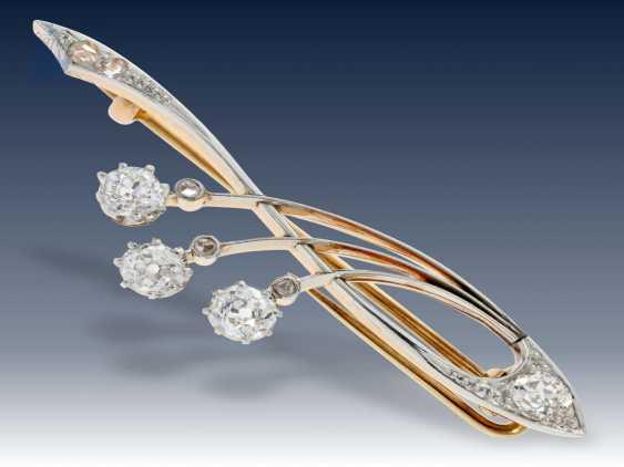 Brosche: sehr schöne Jugendstil-Brosche mit hochwertigem Diamantbesatz von ca.1ct - photo 1