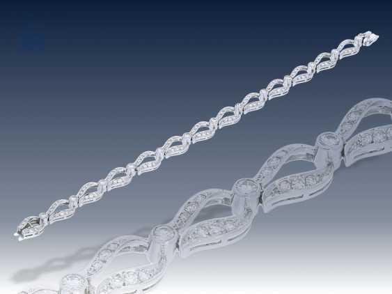 Armband: ausgefallenes, äußerst dekoratives vintage Diamant-Goldschmiedearmband, ca. 2,6ct, Schweden 1960 - photo 2