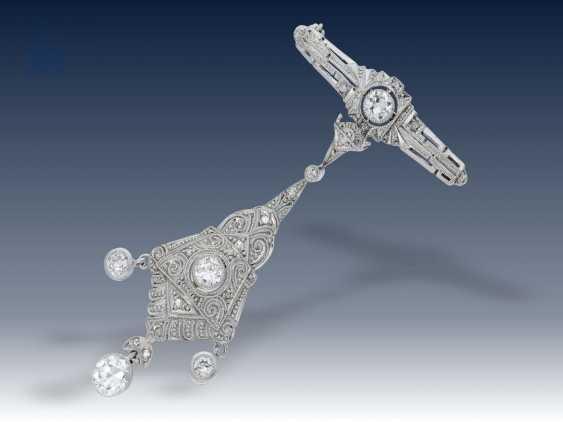 Brosche/Nadel: hochfeine und ausgefallene Diamantbrosche aus der Zeit des Art déco - photo 1