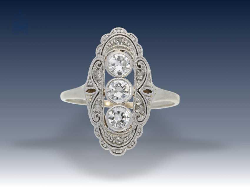 Armband/Brosche/Ring: interessantes Konvolut Antikschmuck, ca.0,8ct - photo 3