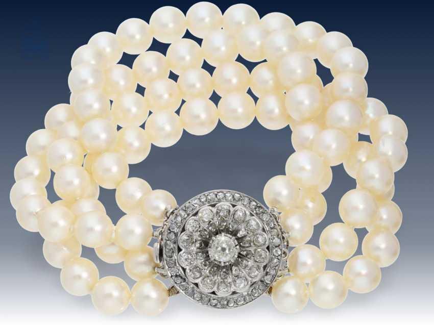 Armband: hochwertiges Akoya-Perlen-Armband mit antiker, wertvoller Diamantschließe - photo 2