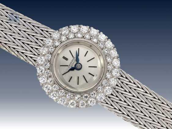Armbanduhr: schwere vintage Damenuhr, feine Markenuhr von Universal Geneve, aus 18K Weißgold - photo 1