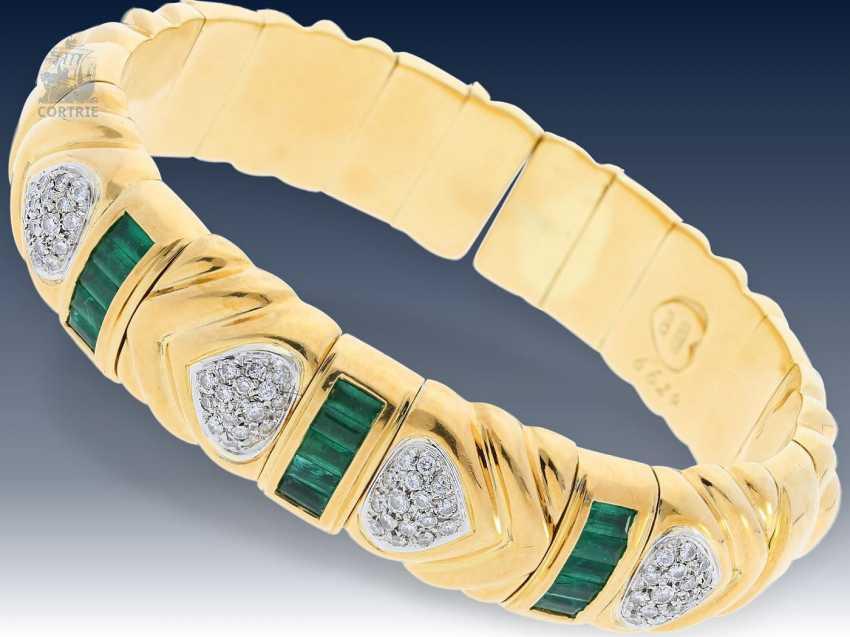 Armband: schwerer, exquisiter Smaragd/Brillant-Armreif von Wempe, mit Wempe-Zertifikat - photo 1