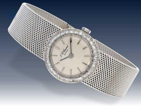 Armbanduhr: weißgoldene vintage Damenuhr von Chopard mit Diamantlünette, wenig getragen,18K Gold - photo 1