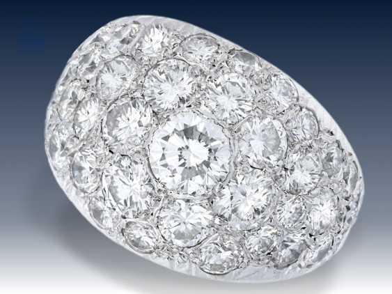 Ring: hochwertiger Platin-Pavé-Goldschmiedering mit reichhaltigem Diamantbesatz, ca. 3ct, Anfertigungspreis lt. Besitzerin ca.12.000,-DM - photo 1