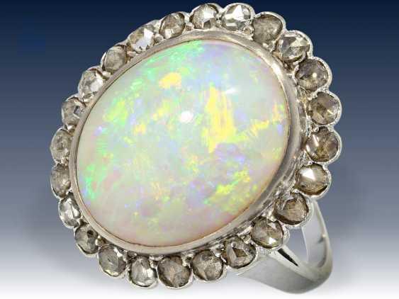 Ring: sehr wertvoller Opal/Diamantring, vermutlich um 1950 - photo 1